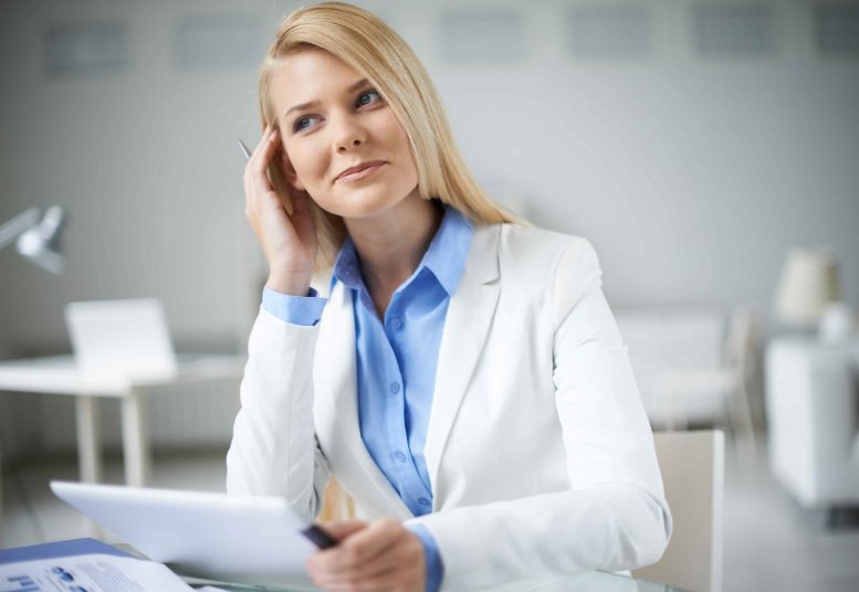 Assistenz Sekretariat, Unterbrechungen bei der Arbeit und Multitasking